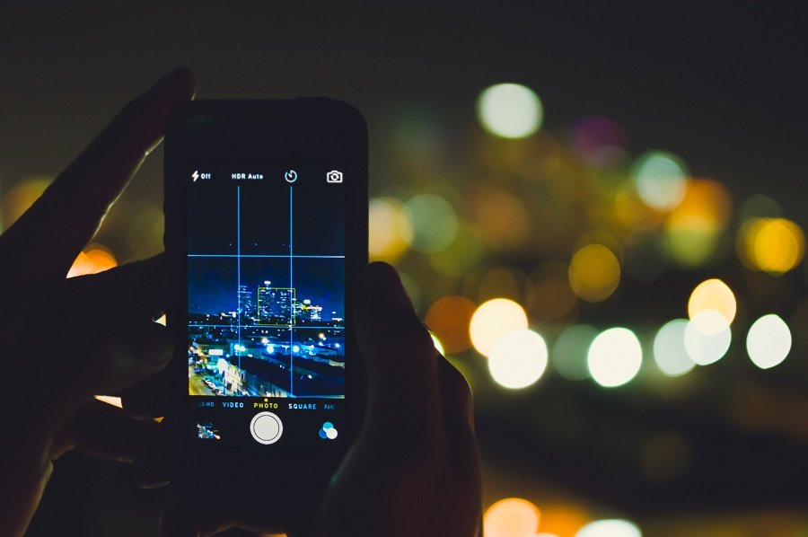 Top Best Camera Smartphones In India On World Photography Day 2019 Mobygeek Com