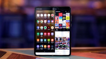 This Teardown Shows All Of The Galaxy Fold's Flaws