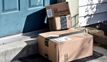 Police Use Fake Amazon Boxes And GPS To Catch The Thieves