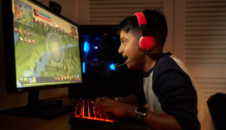 Gamers In India Want To Quit Their Jobs Just To Play Online