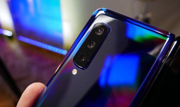 Samsung-Galaxy-Fold-camera