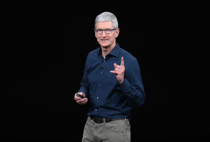 Apple Lowers First Quarter Revenue