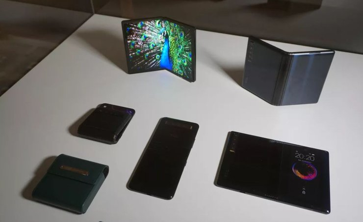 TCL-plans-to-launch-its-foldable-phone-in-2020-9