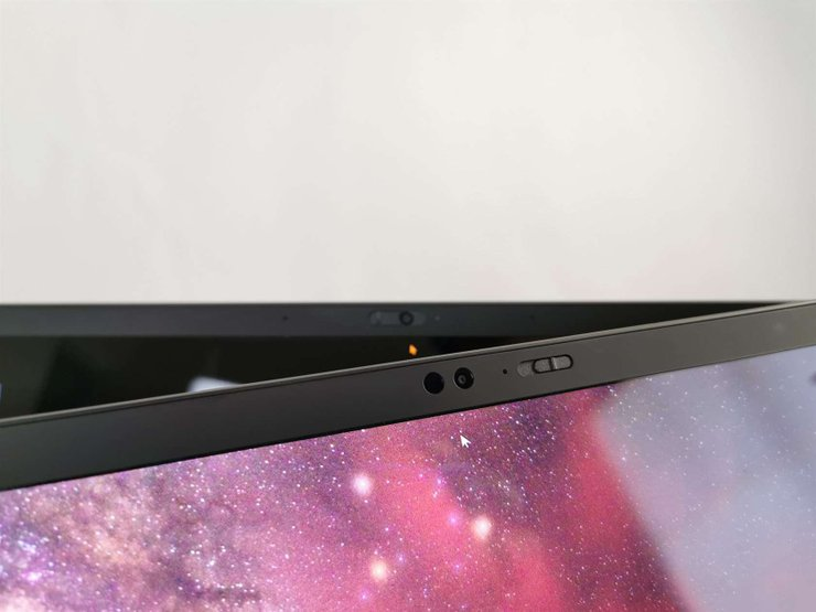 ThinkPad 7th-Generation X1 Carbon: A Thin, Lightweight, And