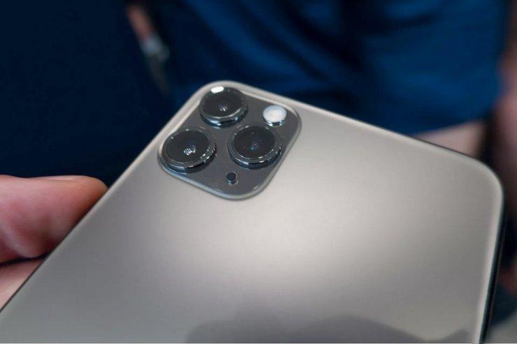 iPhone-11-Pro-Max-camera-bump